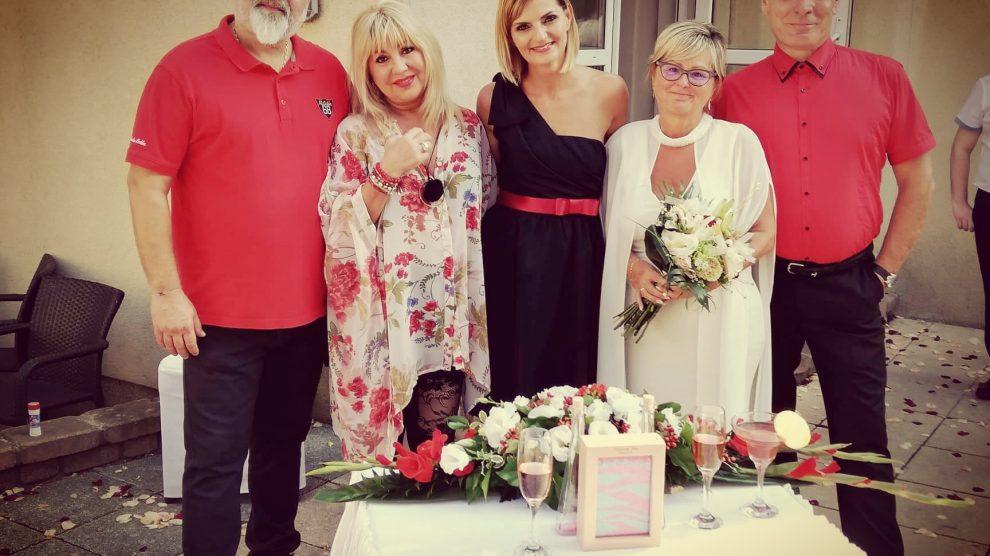 Vörös-Garai Szilvia esküvői szertartásvezető, eskető, balaton, ce pláza